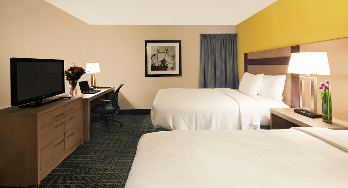 Canadas Best Value Inn Jacuzzi Room Pictures